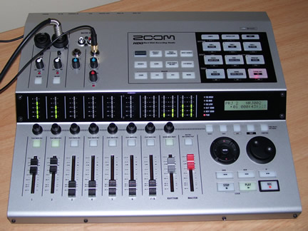 Zoom HD8 Hard Disck Multitrack Recorder
